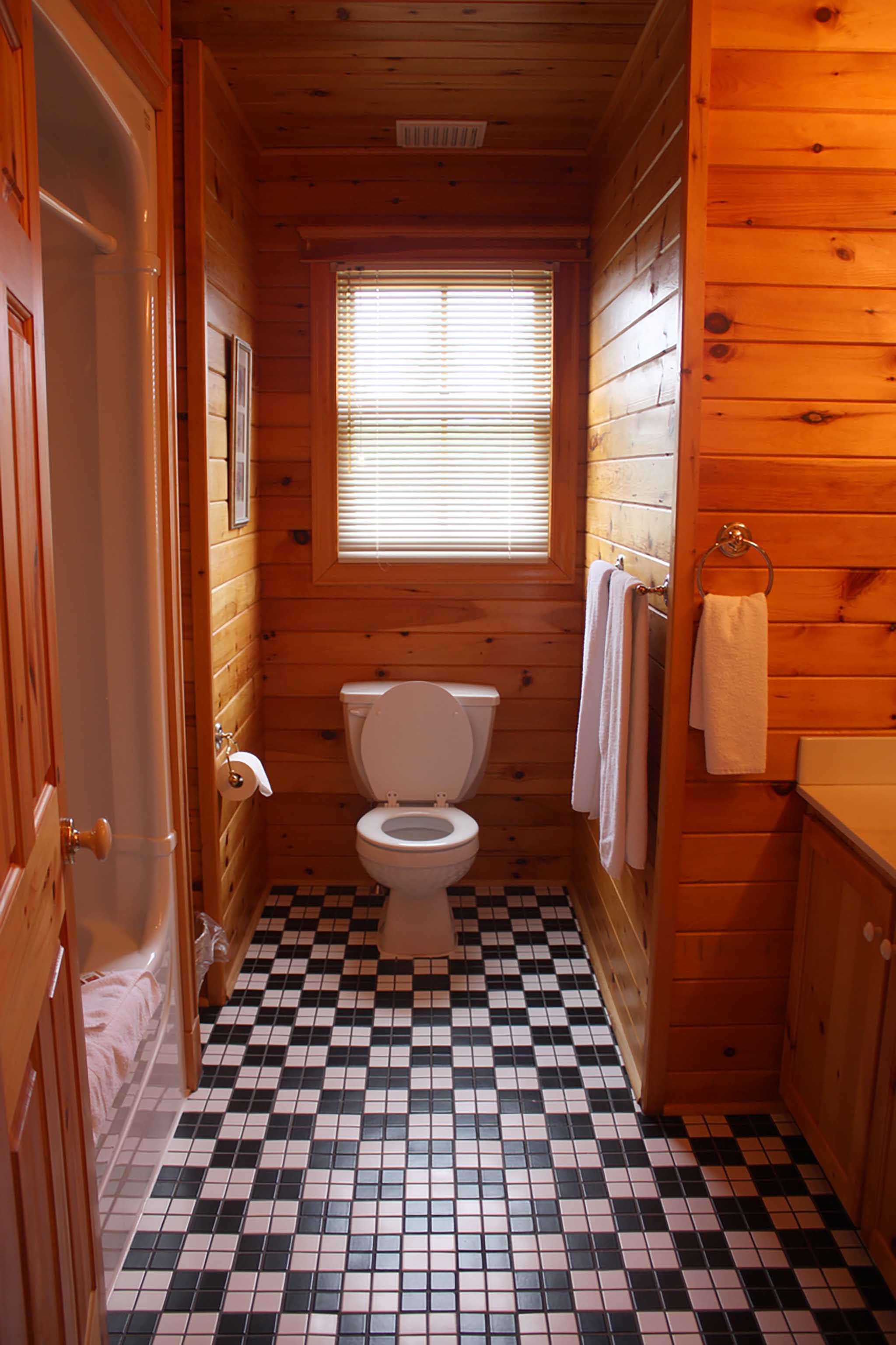 1 Bathroom Cottage 13